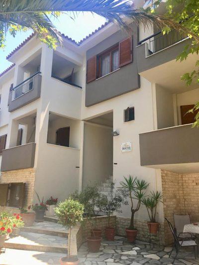 Apartments Nikiti